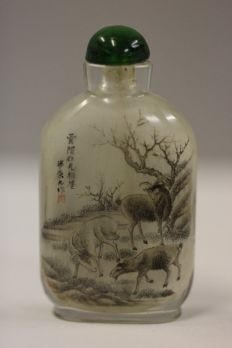 painted-snuff-bottle-001