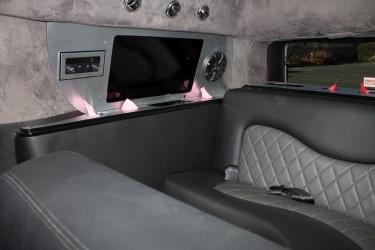 Interior SUV Limo Image