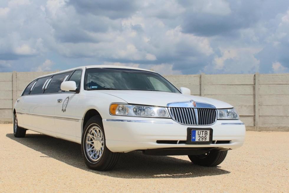lincoln-limuzin-feher-3