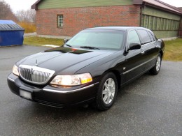 Lincoln Town Car Executive Limo Taxi Modell L -07