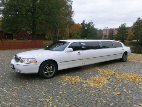 Lincoln Town Car Limo Stretch Limousine -06