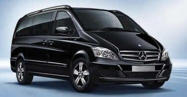 Maxi Cab 7 Seater Viano Black