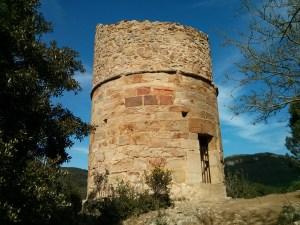 Torre junto a Fontfroide