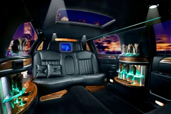 6 passenger prom limousine Orange County and Los Angeles, CA