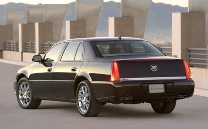 Modèle: Sedan Cadillac ou Lincoln Passagers: 2 Couleur: Noire Prix: 65 $ de l'heure