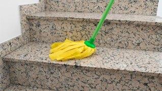 limpiar-escaleras