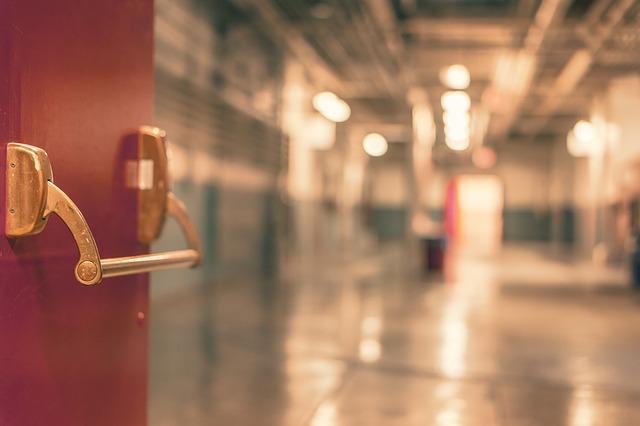 instituciones publicas garajes, hospital