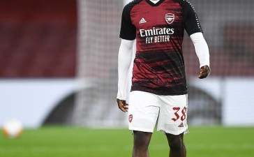 Arsenal is unwilling to let Folarin Balogun leave as the London club opens talks over a contract renewal.