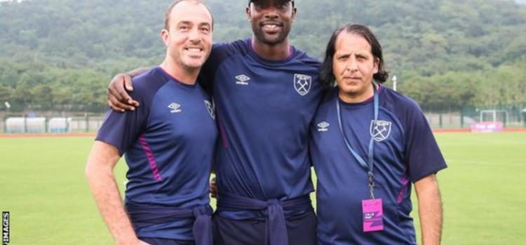 """Former Chelsea and West Ham striker Carlton Cole says """"now is the best time for aspiring black coaches"""" to find work, because """"the world is changing""""."""