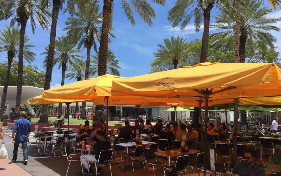 Kick Back at These Lincoln Road Sidewalk Cafes