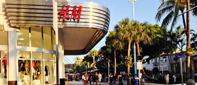 Spring Wardrobe Essentials: Head Over to Lincoln Road Mall for all the Must-Haves of the Season