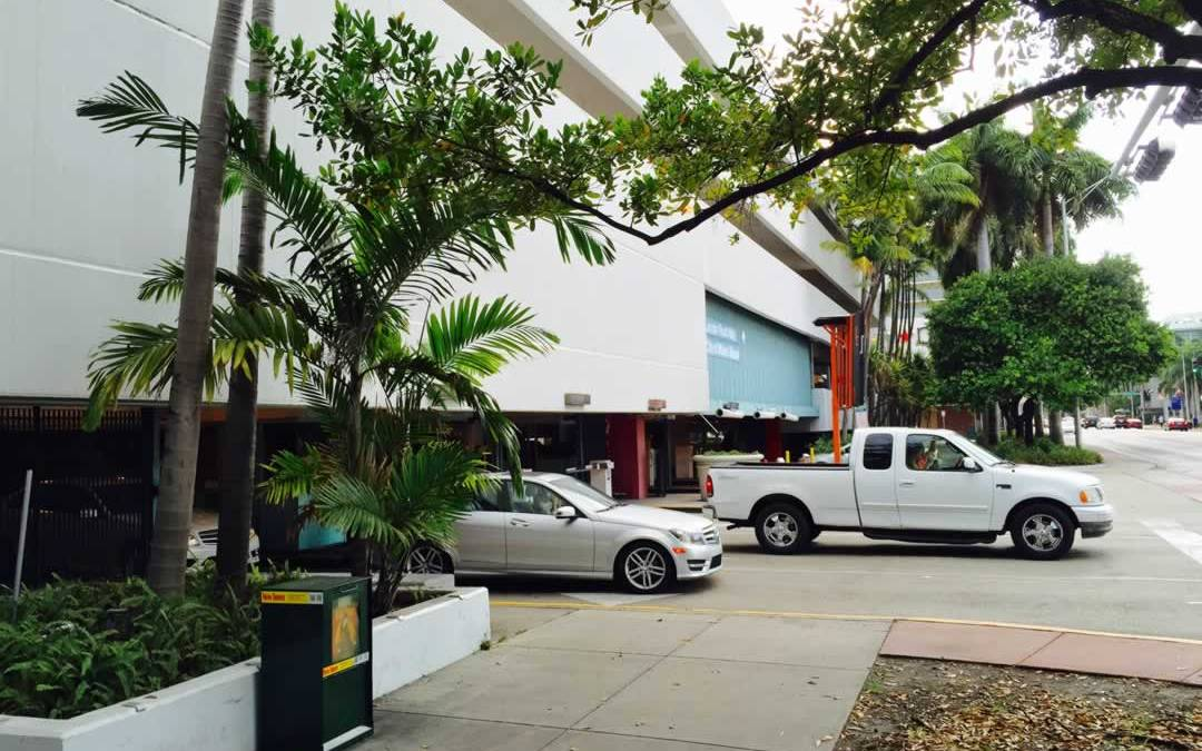 Parking at Lincoln Road
