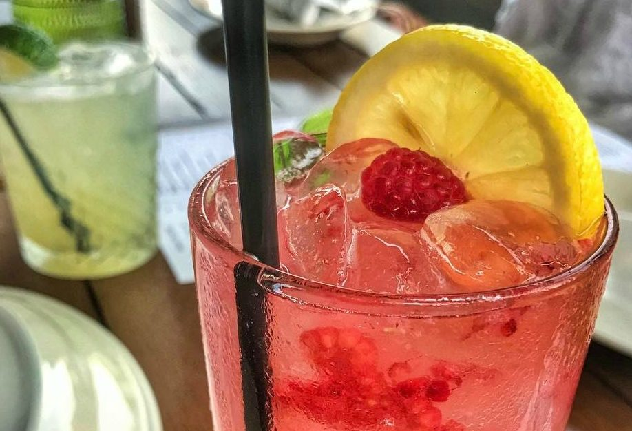 DRINK UP: NEW HAPPY HOUR AT MOLTO PIZZA AND BOOZE