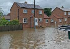 Fears for more flooding as thunderstorms approach Lincolnshire