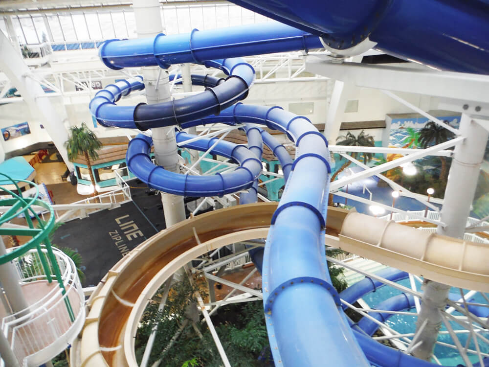 West Edmonton Mall - World Water Park - Edmonton - Water Slides