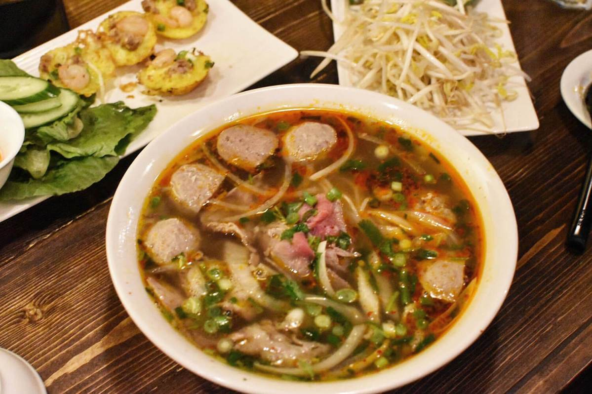 Review: Pho Boy Vietnamese Kitchen (Whyte Avenue)