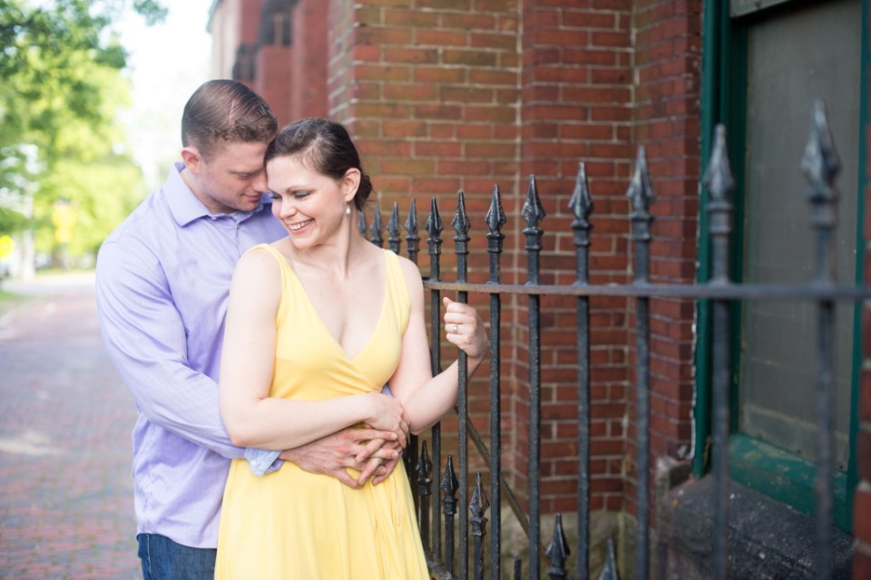 spring engagement session by Linda Barry Photography