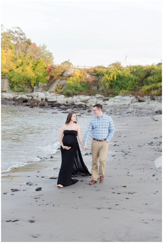 Emily and Nick chose to do their maternity photos at the Children's garden and the beach at Fort Williams Park in Cape Elizabeth, Maine. All photos by Linda Barry Photography.
