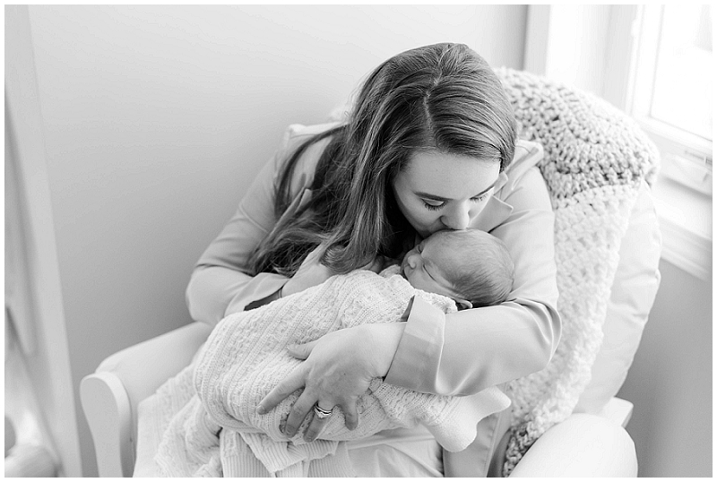 Boston lifestyle newborn photos by Linda Barry Photography. We did Evelyn's newborn session in the comfort of their own home!