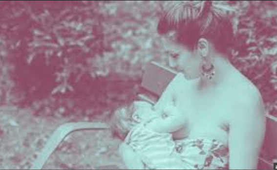 This Woman Breastfeeds Topless in a Pool and Her Gorgeous Photos Are Going Viral