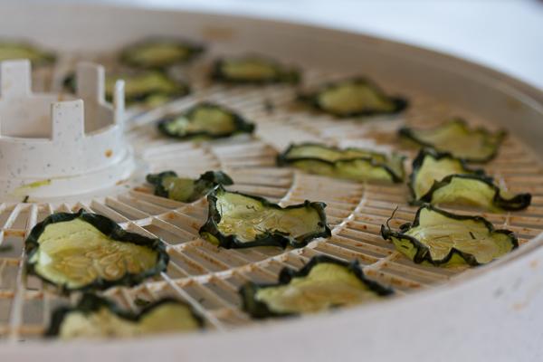 Cucumber Chips-1 (600x400)