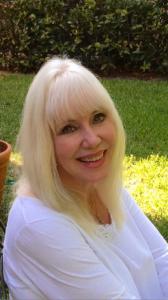 Linda Lavelle, esthetician, healthy skin specialist!