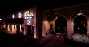 Vines Grille And Wine Bar (3)