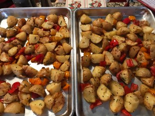Roasted Potatoes With Red Peppers And Garlic (8)