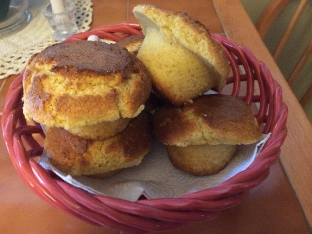 Jumbo-Honey-Corn-Muffins