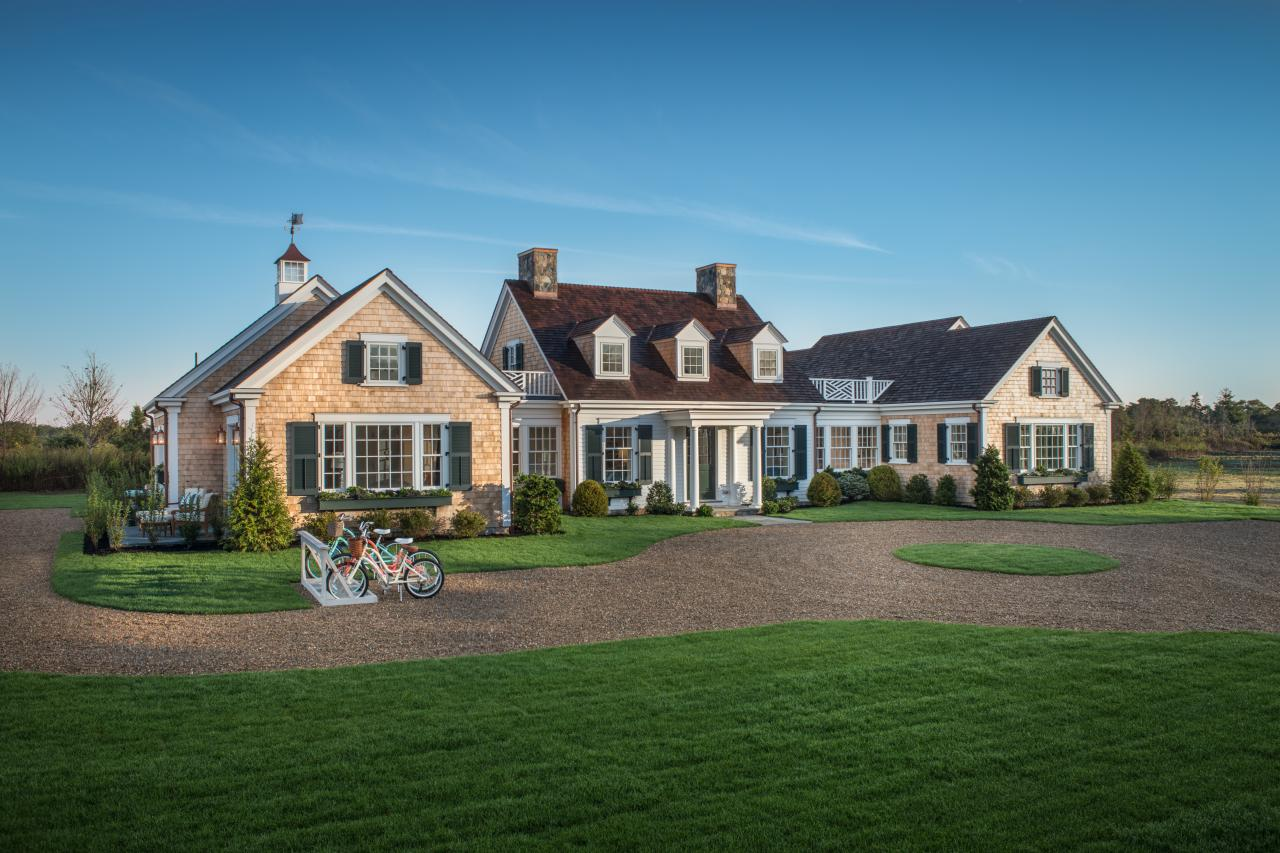 HGTV 2015 Dream House: A Classic Cape on Martha\'s Vineyard - Linda ...