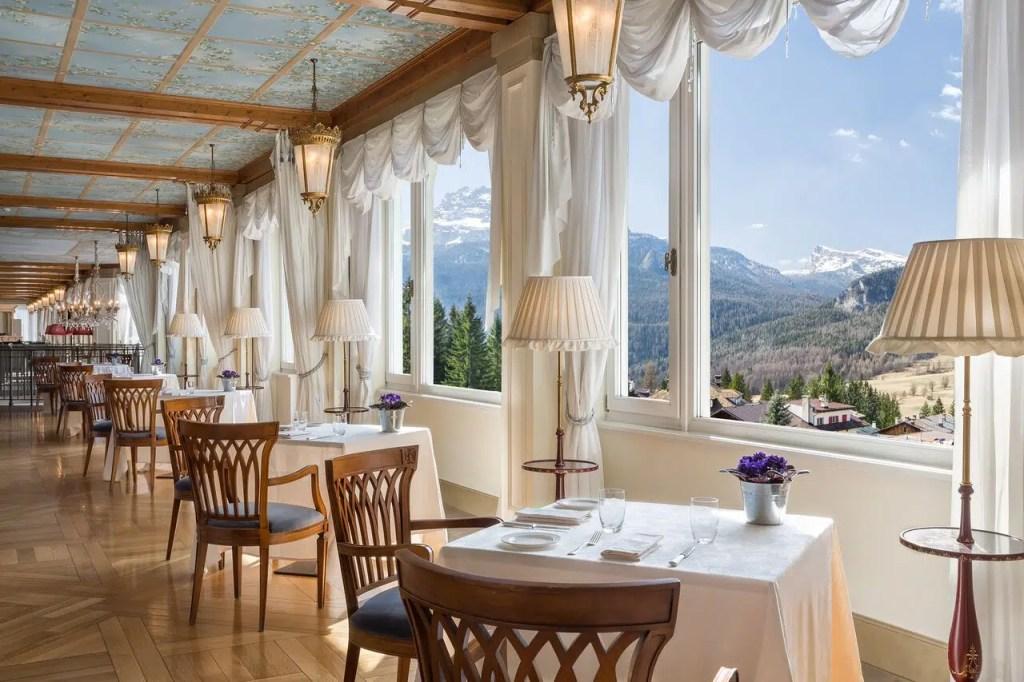 Cristallo Resort Veranda dining room