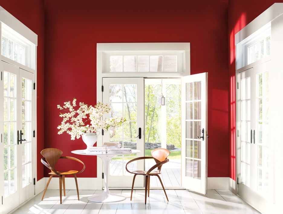 Benjamin Moore Caliente Color of the year 2018 a rich red with orange undertones