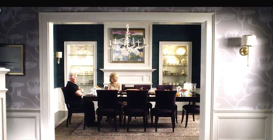 Grace and Frankie Jane Fonda Martin Sheen dining room of Grace and Robert lavender hall wallpaper, teal blue grasscloth wallpaper in dining room, purple chairs, white woodworking