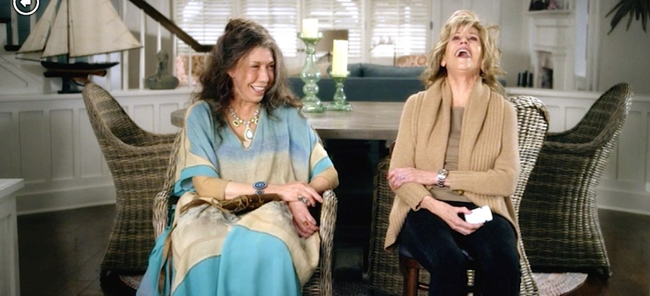 Grace and Frankie Lily Tomlin and Jane Fonda beach house laughing