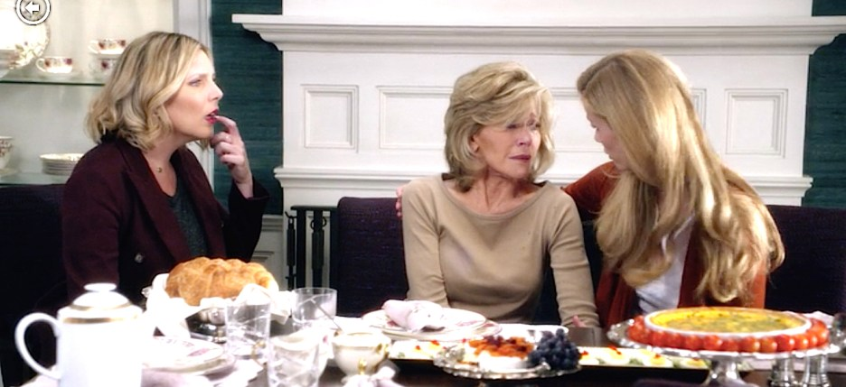 Grace and Frankie Jane Fonda Martin Sheen Brooklyn Decker June Diane Raphael, Grace Robert Mallory Brianna, dining room teal grasscloth, purple chairs