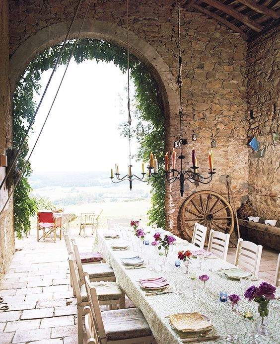 Outdoor Dining Kathryn Ireland France rustic barn