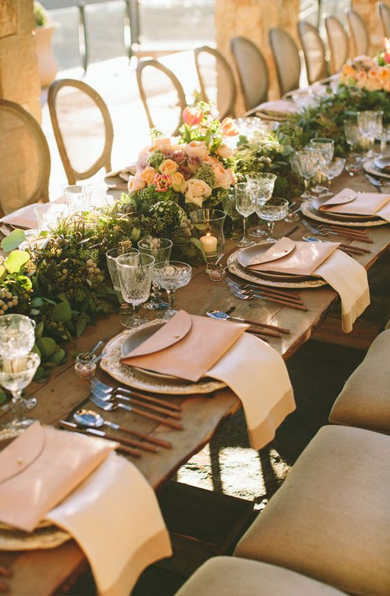 Casa de Perrin dinner party photo by Paige Jones wedding reception