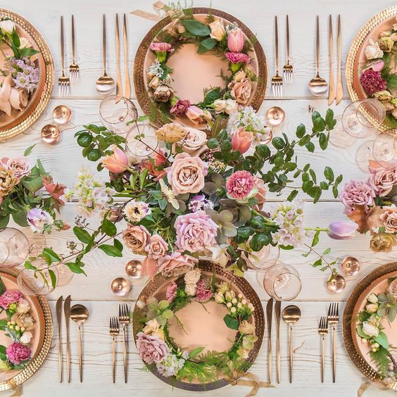 Casa de Perrin flowers by megan gray wedding reception tablescape