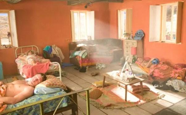 Mamma Mia orange bedroom