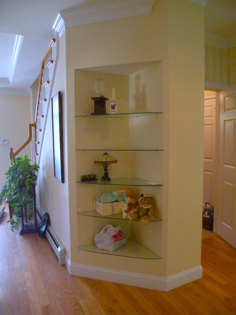 Linda Merrill design before built-ins cabinet
