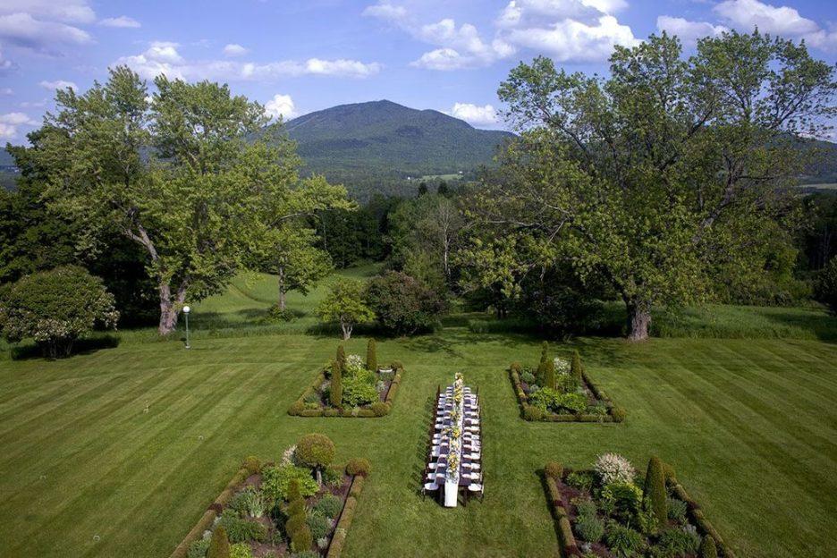 Burklyn Hall garden party dining views