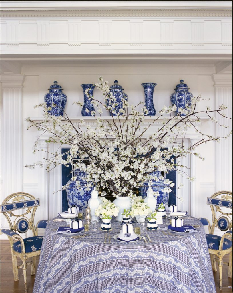 Carolyne Roehm A Constant Thread Rizzoli blue and white dining area Fall 2018 Design books