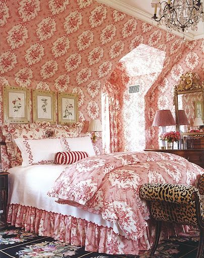 Design Charlotte Moss pink red toile bedroom animal print wallpaper ceiling angles.png