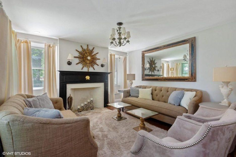Antique Cape Cod Sandwich MA living room