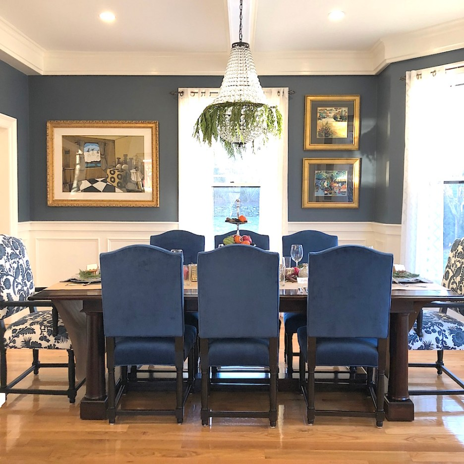 Pond Street Blue white dining room chandelier Newburyport Christmas decorating house tour 2018