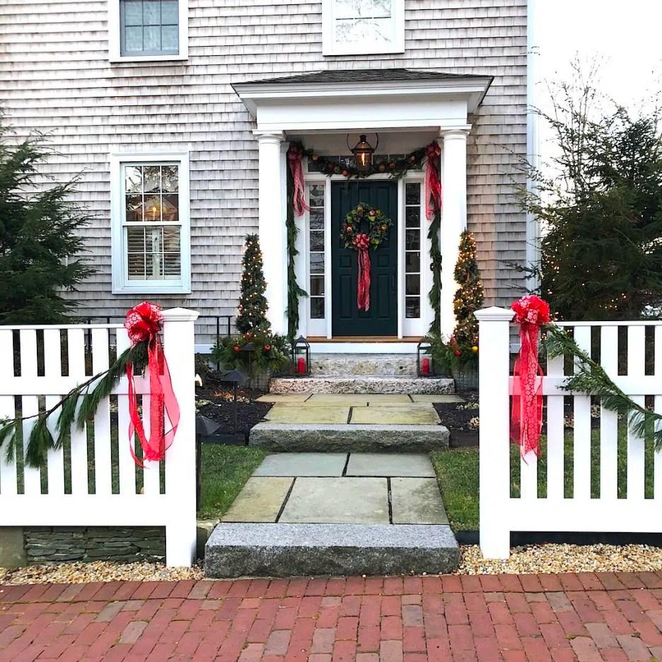 Newburyport Christmas decorations white house shingled side door closeup 2020 Holiday