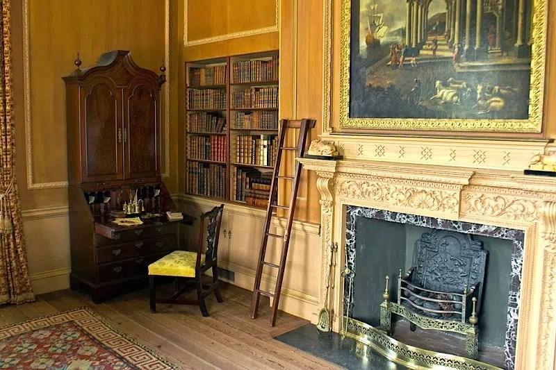 Tryon Palace-Library Coast Host North Carolina