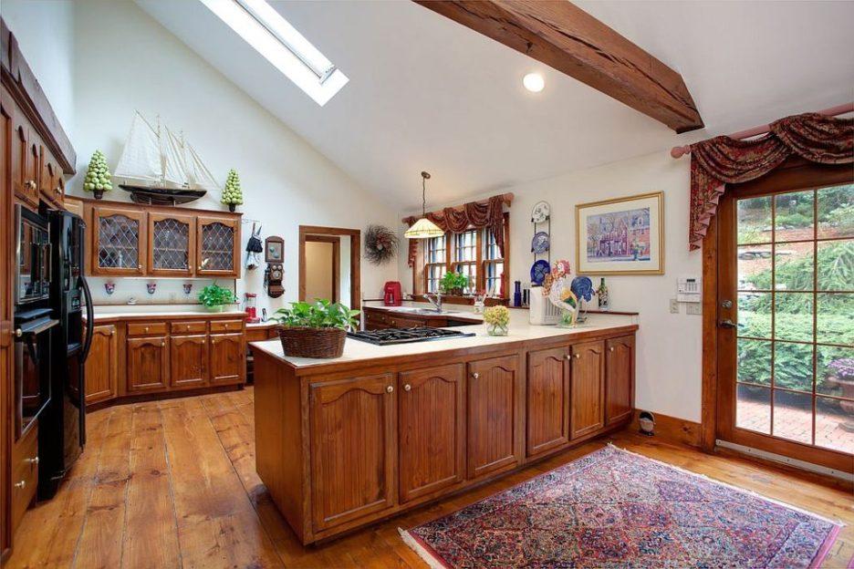 33 Tarragon Dr Sandwich MA Salem Witch House replica kitchen