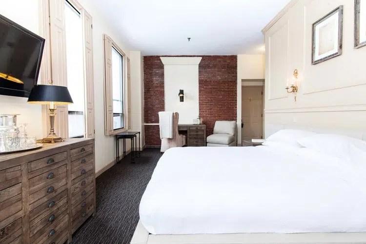 Garrison Inn Room corner king Old World Hospitality