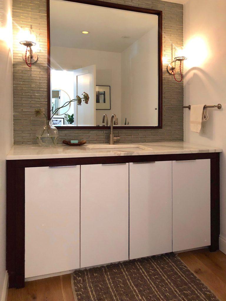 Christopher St Newburyport bathroom